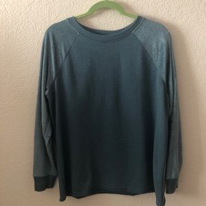 American Eagle Blue Velvet Long Sleeve Shirt